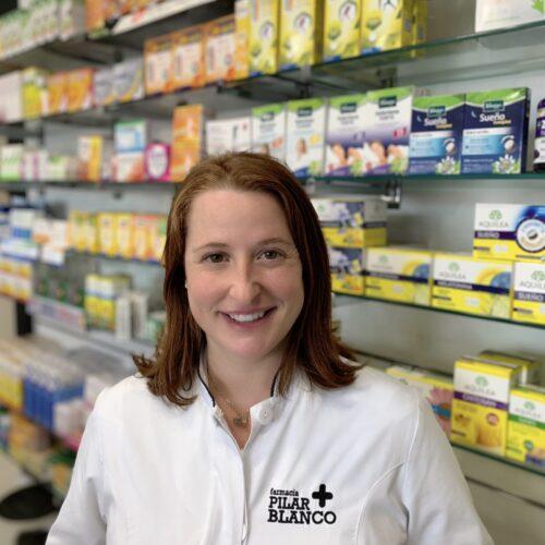 MARIA MEDRANO Farmaceutica especializada en Dermocosmetica